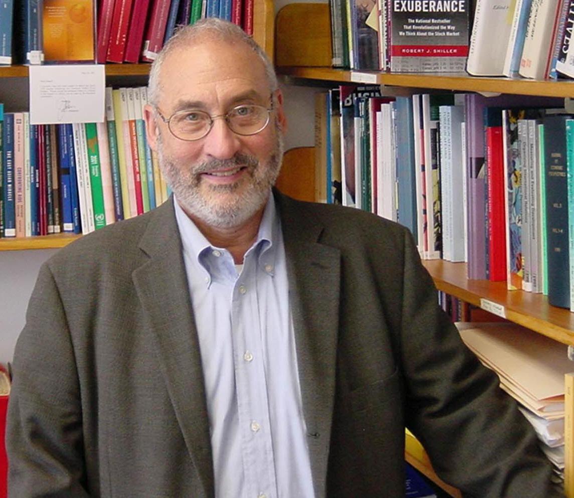 L'université Paris Dauphine décerne le titre de Docteur Honoris Causa à Joseph E. Stiglitz