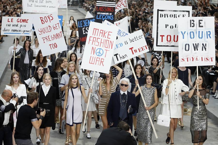 Le défilé Chanel.