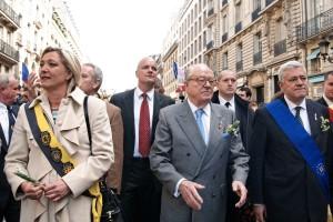 La montée des extrêmes en France: une façade en carton