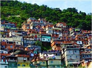 Vue de ma fenêtre sur une favela de Rio