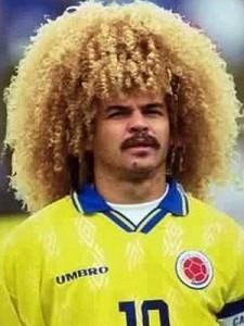 Top 10 des pires coupes de cheveux de footballeurs